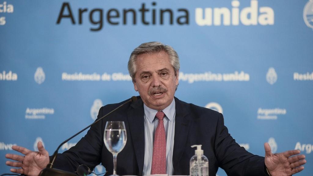 Argentina extiende medidas de confinamiento otras 2 semanas