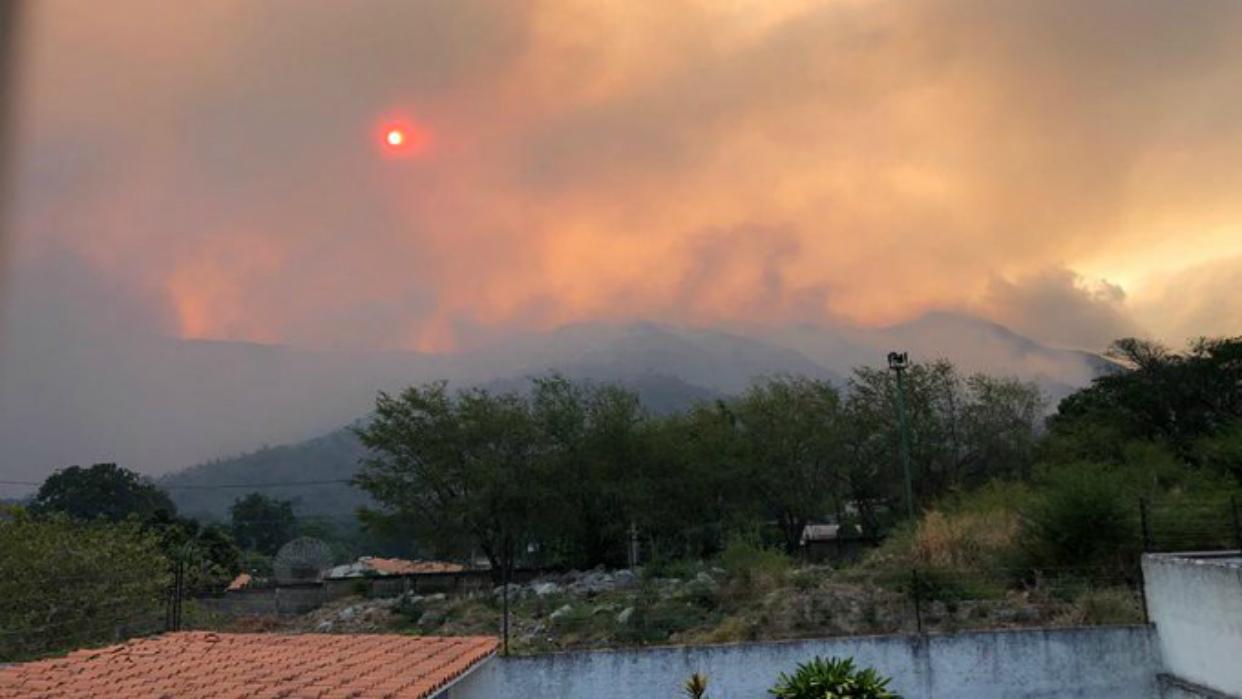 Reportan fuerte incendio en el parque Henri Pittier de Aragua