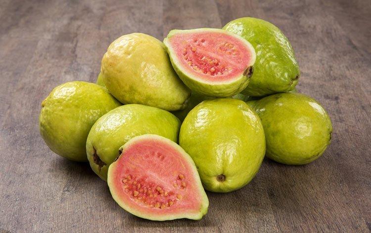 La guayaba supera a la naranja como reina de la vitamina C