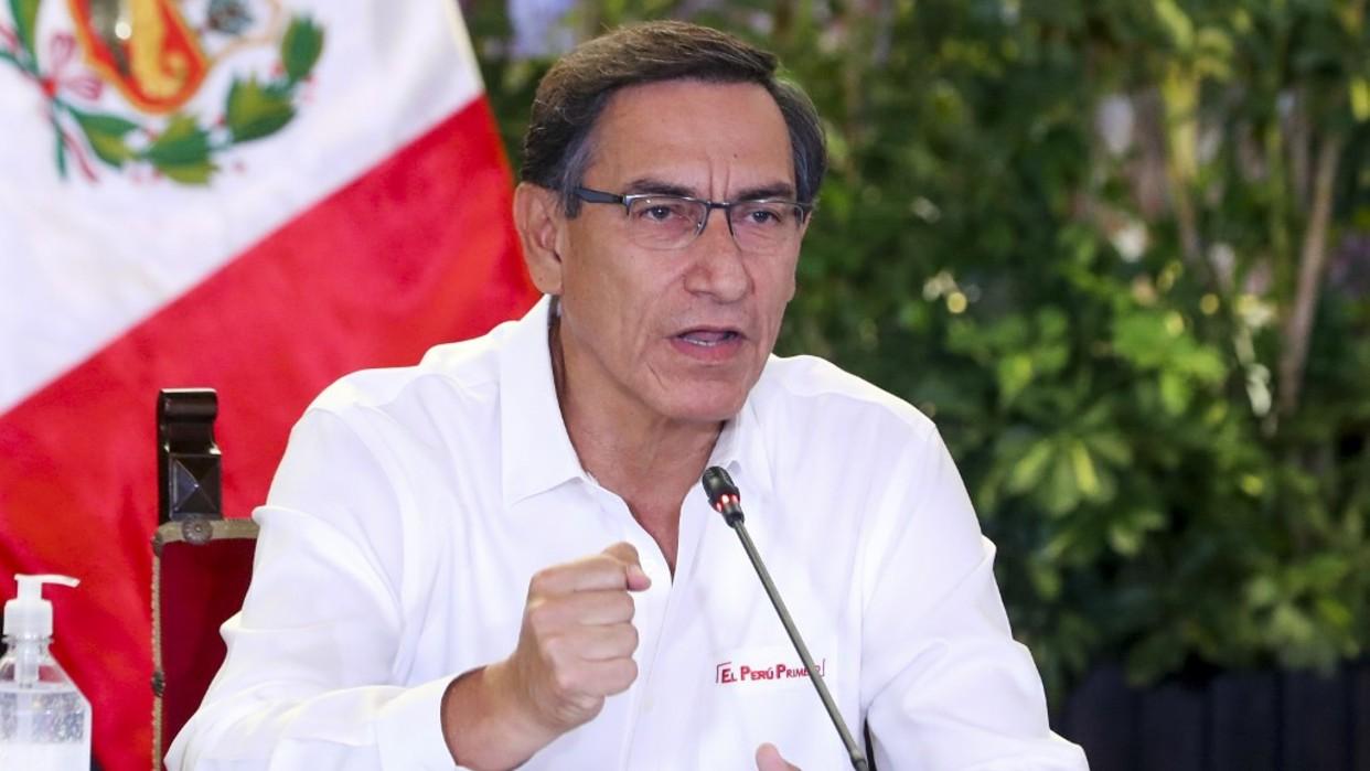 El presidente Martín Vizcarra convoca elecciones en Perú para abril de 2021