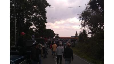 Luego de 28 días llegó gasolina a la población larense de Cubiro