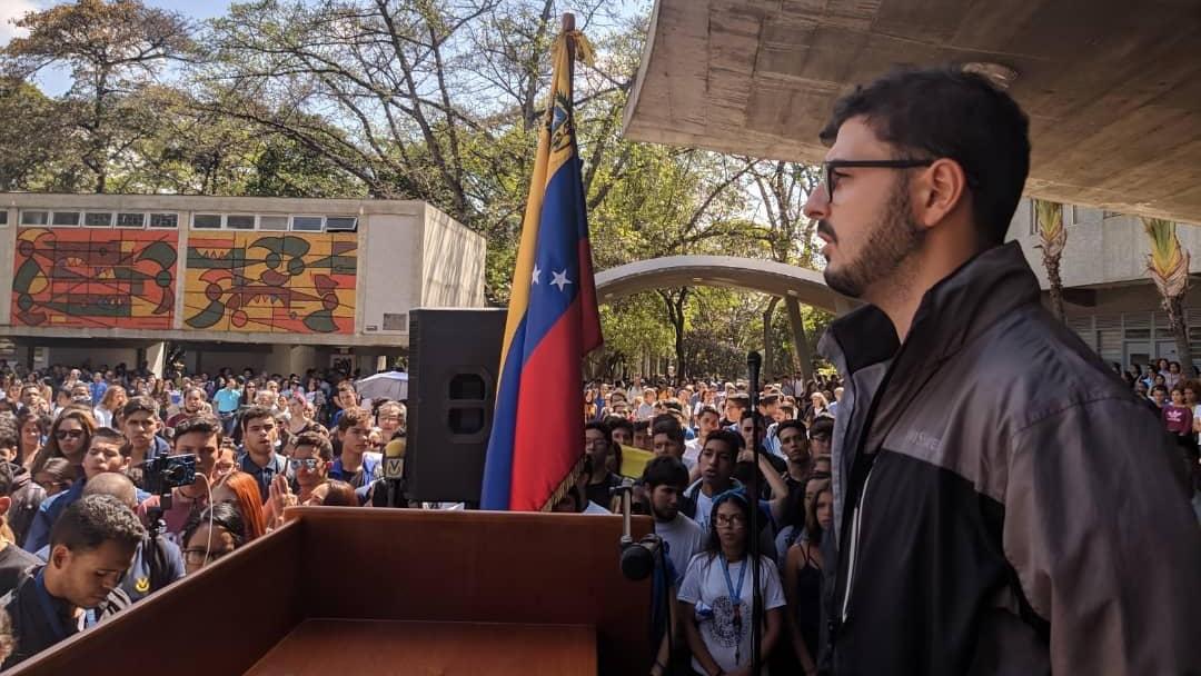 """Miguel Barone: """"En Venezuela no existen condiciones para recibir clases a distancia"""""""