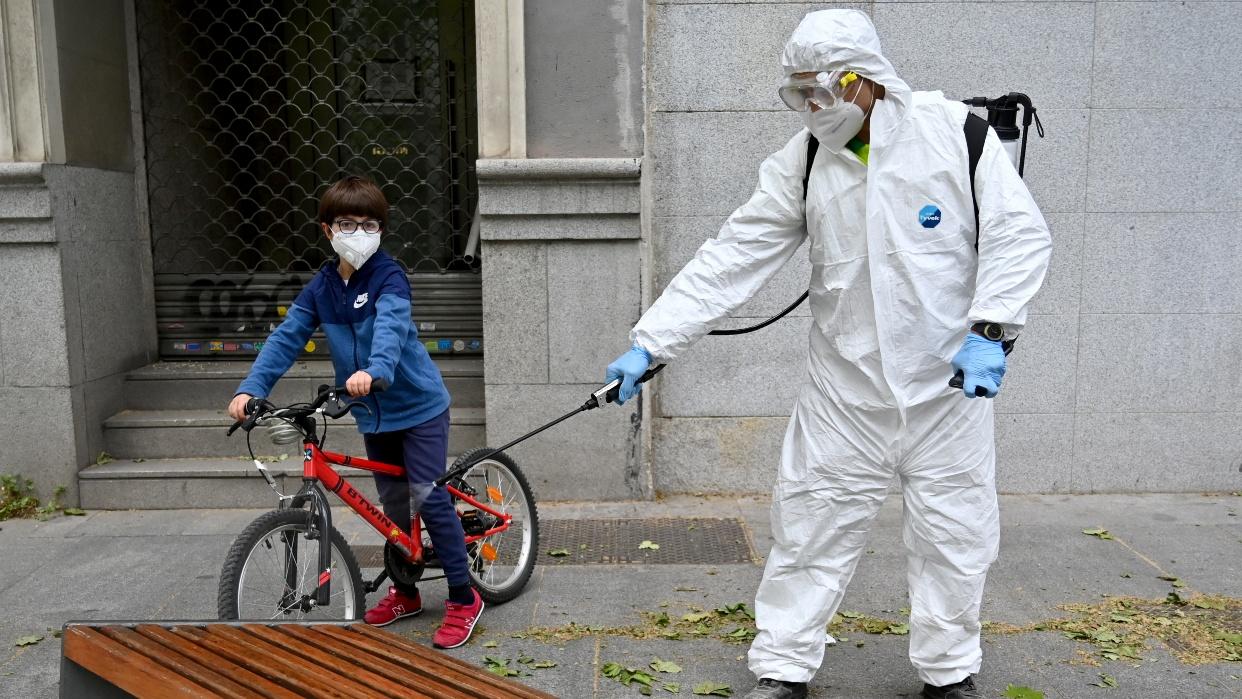 Madrid restringe movilidad en 37 zonas que acumulan el 13% de su población por coronavirus