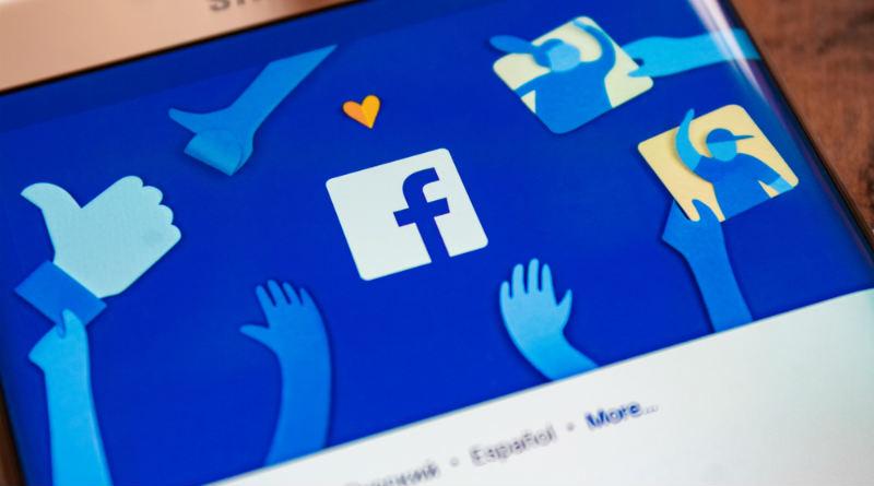 Facebook entrena inteligencia artificial para detectar