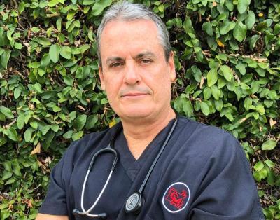 Dr. Santiago Bacci: