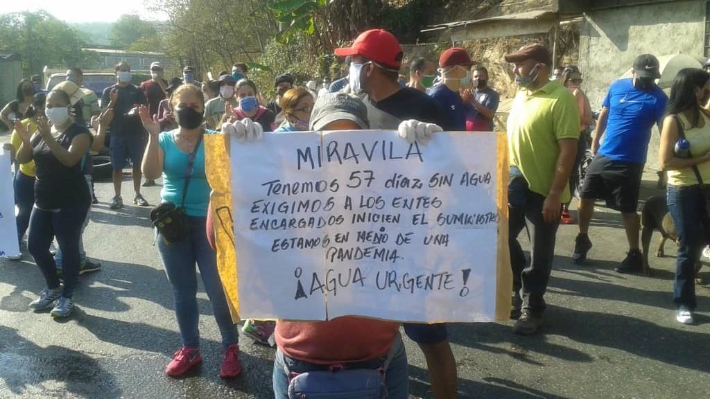Al menos 10 protestas por agua se dieron este lunes en Caracas