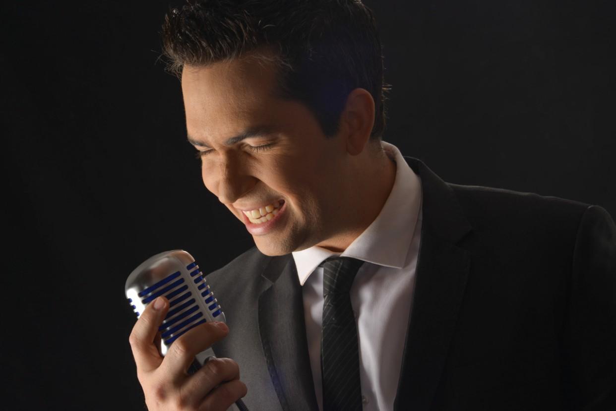 Simón López y su Neo Big Band celebran a lo grande