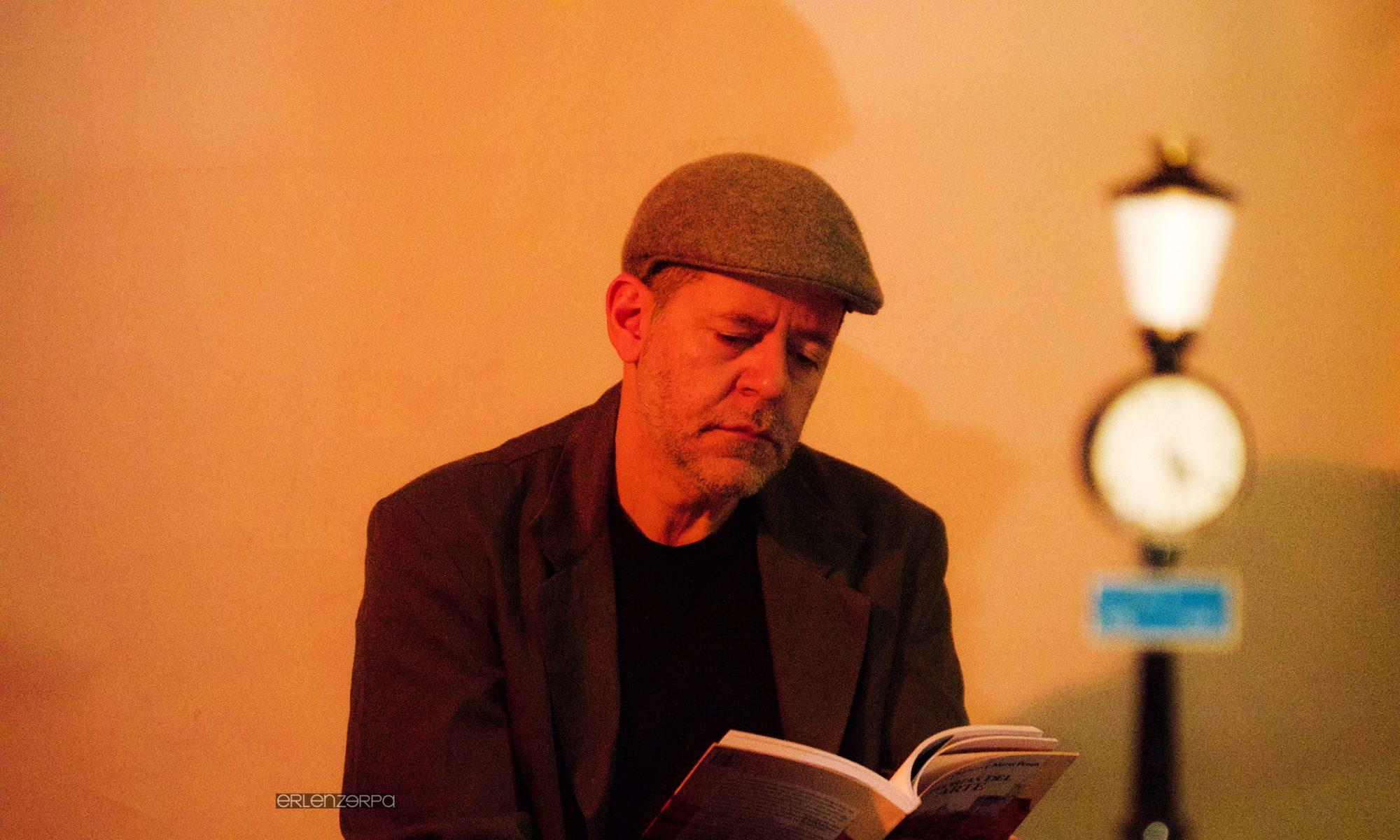 Miguel Issa enseña Dirección Escénica Musical