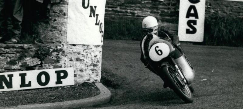 Falleció el legendario Carlo Ubbiali, dueño de nueve coronas mundiales de motociclismo