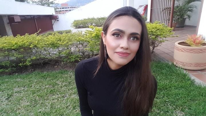 """Kaira Vanessa Gámez Márquez: """"La poesía joven en Venezuela es un testimonio de amor y coraje"""""""