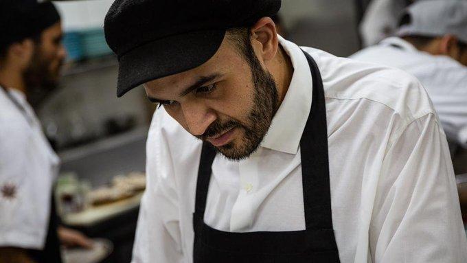 El chef Victor Moreno fue detenido por la PNB en su restaurante de Altamira