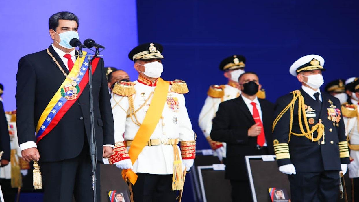 Maduro lideró acto por la celebración de los 209 años de la independencia