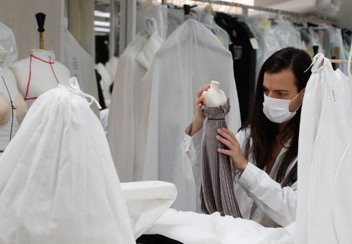 Dior apuesta por vestidos miniaturas en la primera Semana de la Moda de París digital
