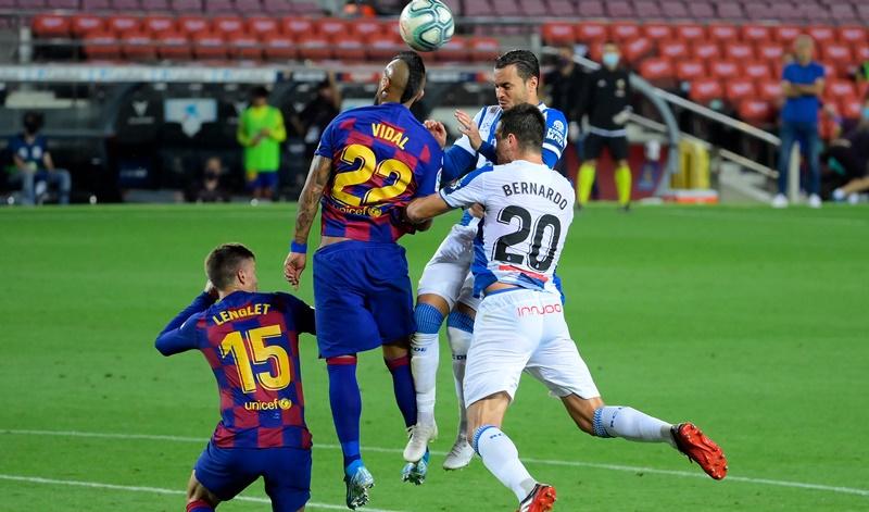 Barcelona no falla ante el Espanyol y lo envía a segunda división