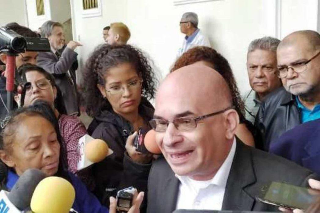 Diputado José Antonio España se declara coronavirus positivo