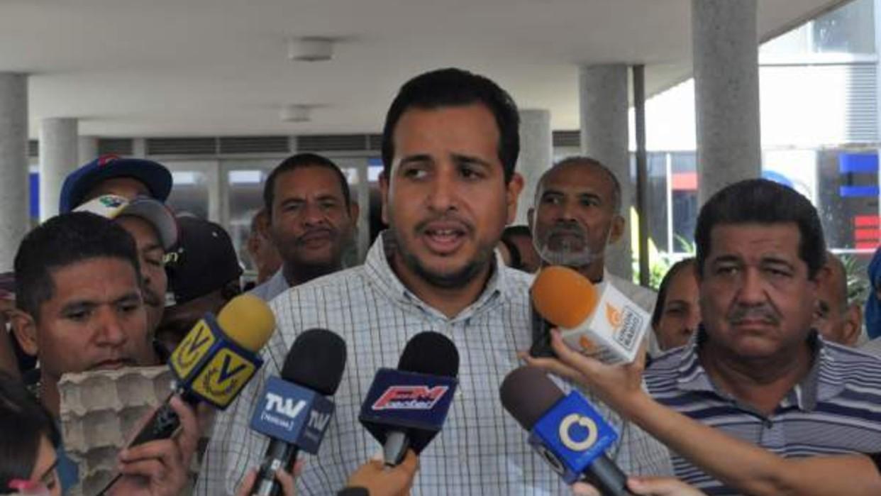 Mauro Zambrano: Hay centros de salud donde atienden pacientes con Covid-19 con más de 15 días sin agua