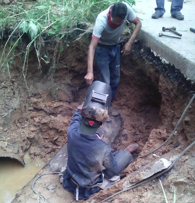 Hidrocapital asegura que reparó la tubería de 24 pulgadas en Caricuao