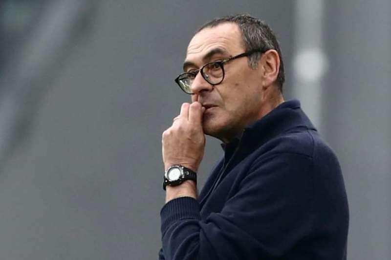 Juventus despide al entrenador Maurizio Sarri