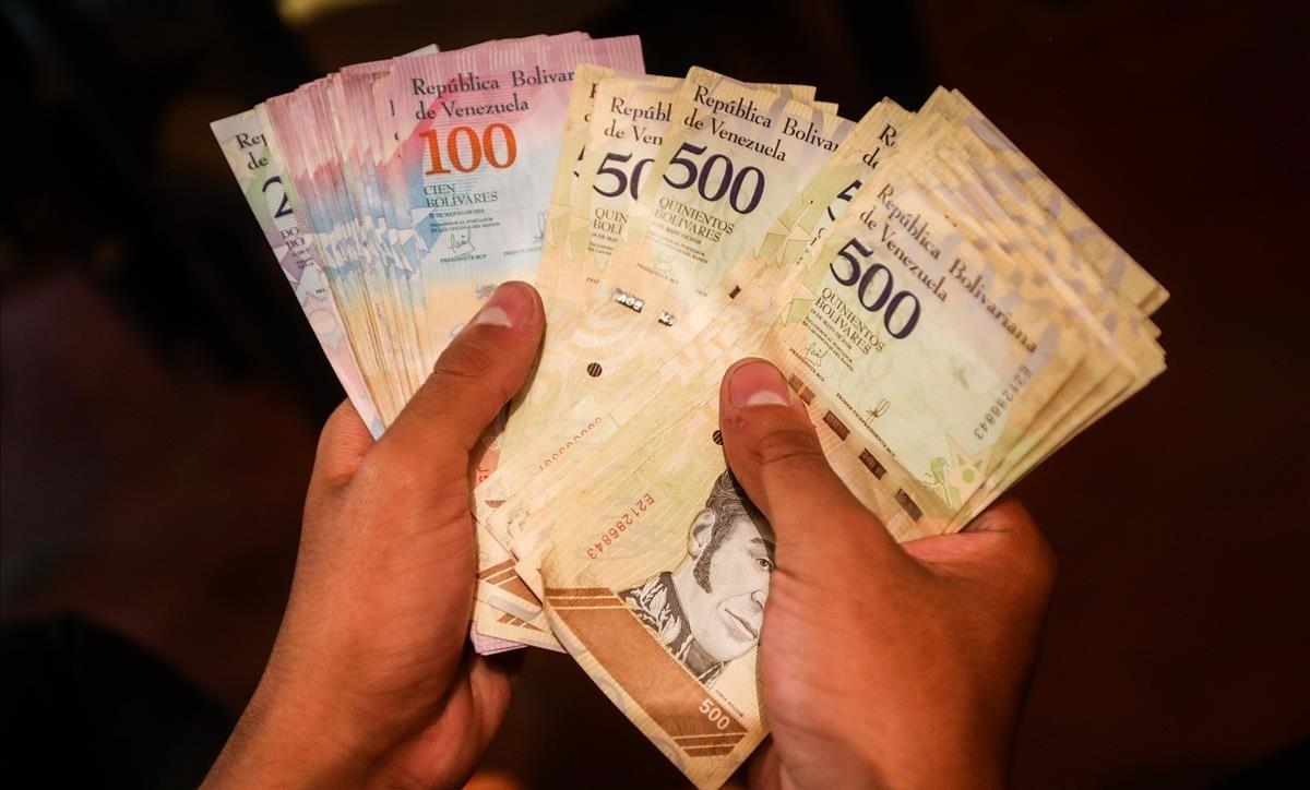 Cedice: Familias caraqueñas necesitaron más de Bs 82 millones para cancelar bienes y servicios en julio