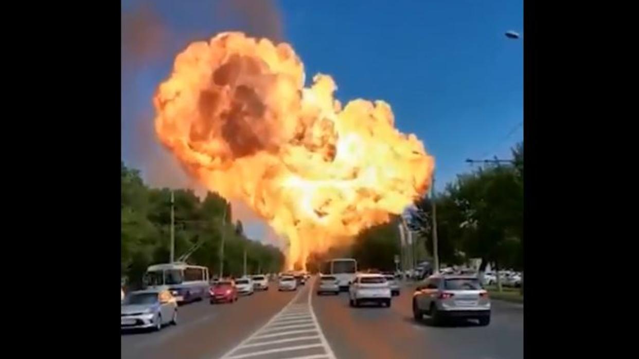 Un camión estalla en una bomba de gasolina en Rusia dejando más de 10 heridos
