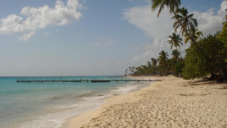 República Dominicana planifica abrir sector hotelero en octubre