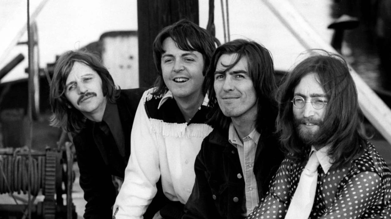 """Los Beatles en una nueva lectura de """"Let it Be"""""""