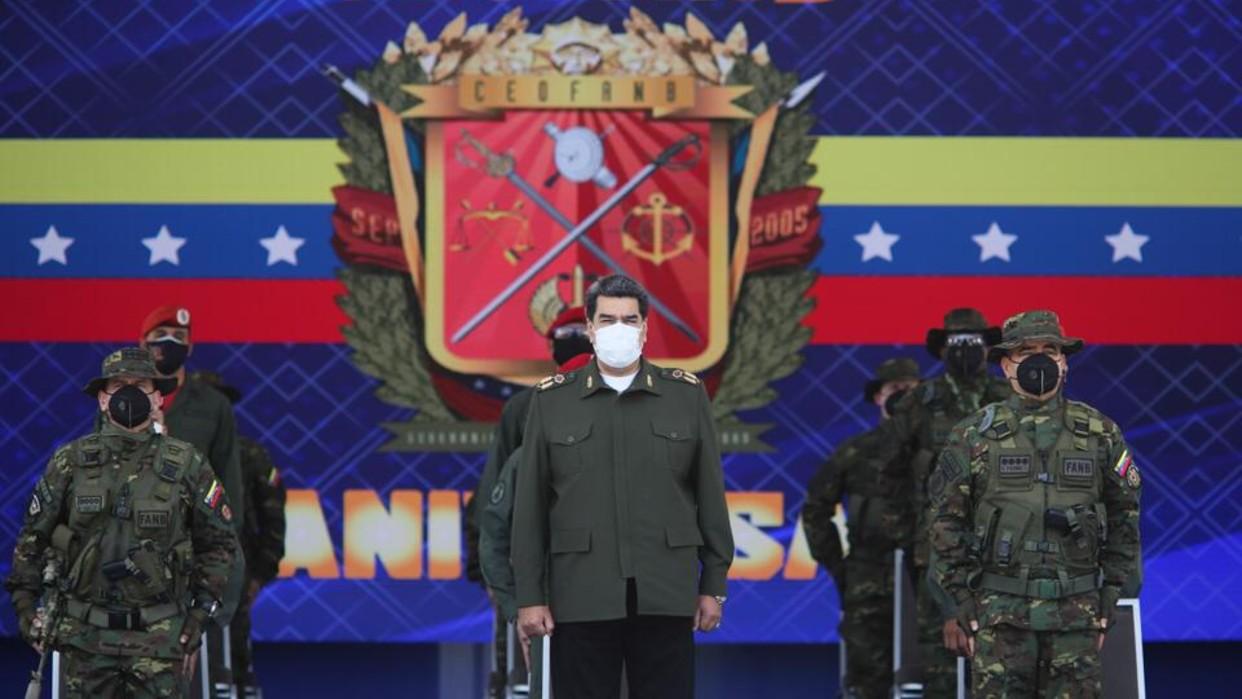 Presidente Maduro ordena Consejo Científico Militar para la creación de sistemas de armas