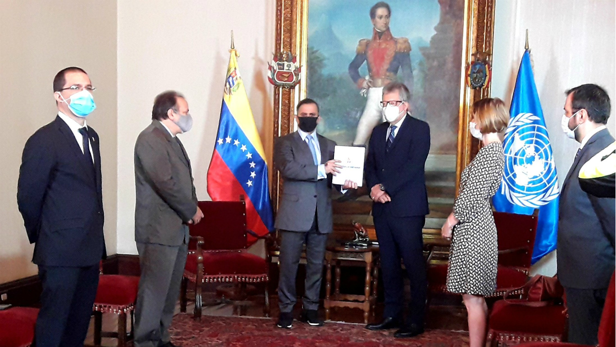 Coordinador residente de Naciones Unidas recibe informe La Verdad de Venezuela