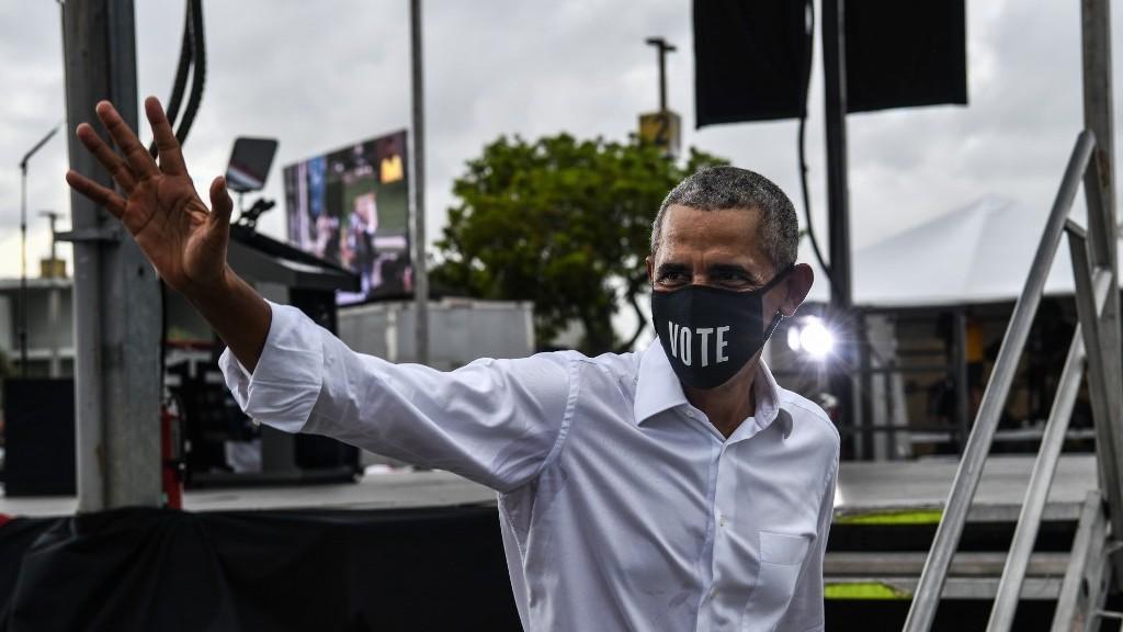 Obama dice que la Casa Blanca no hizo más que errar en su gestión ante la pandemia