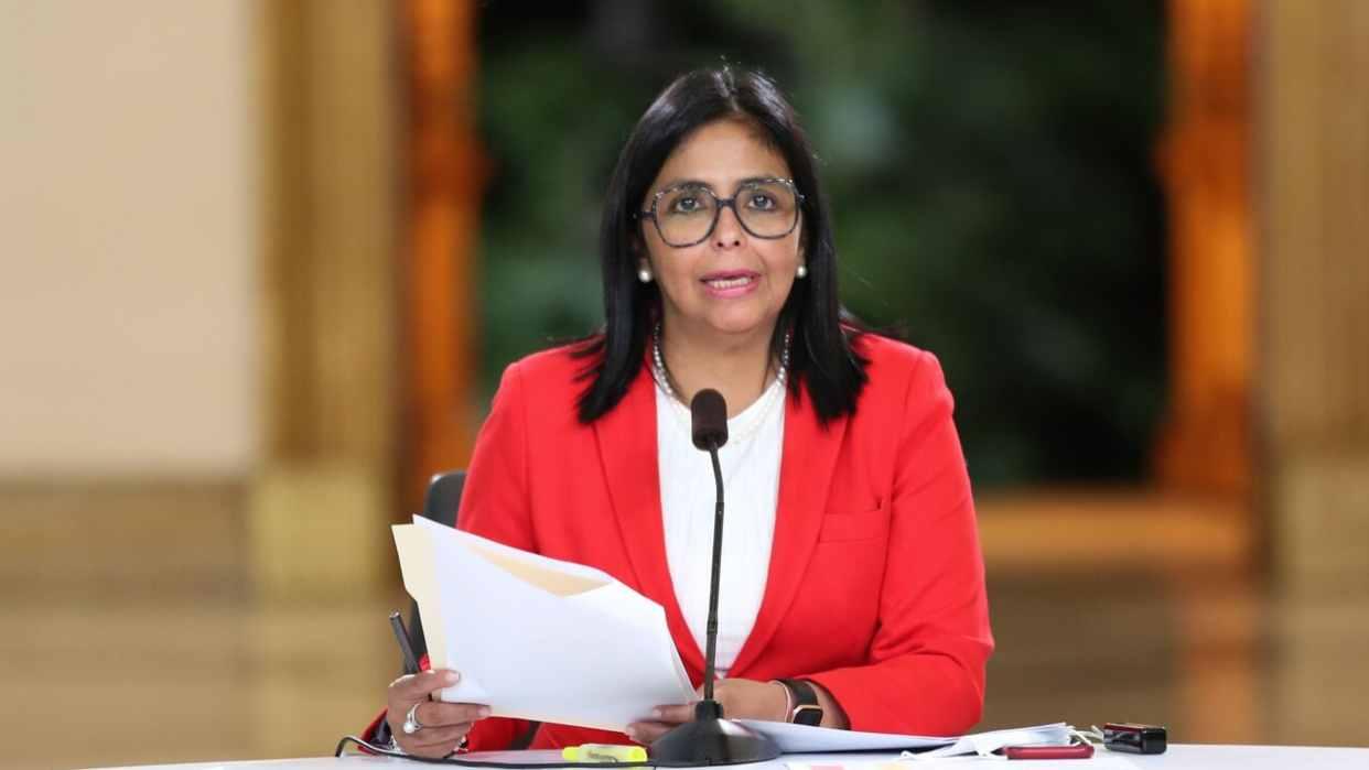 Vicepresidenta rechaza acuerdo entre oposición y otros países para
