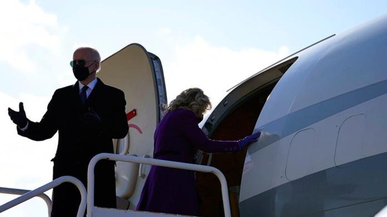 Biden se despide entre lágrimas de Delaware y vuela hacia Washington