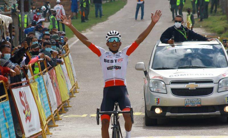 Anderson Paredes se impuso este viernes en la sexta etapa de la Vuelta al  Táchira