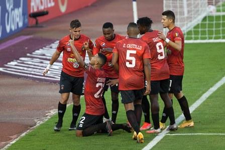 Caracas vence 2-0 a César Vallejo y avanza a segunda fase de la Libertadores