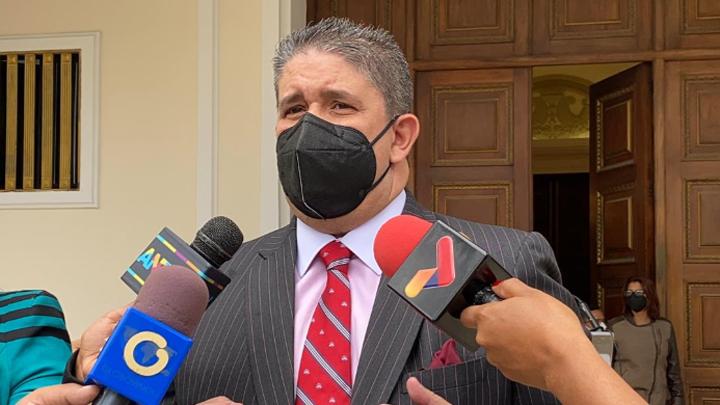 """Diputado Correa: """"Un nuevo RE dentro y fuera del país ayudará a la democracia"""""""