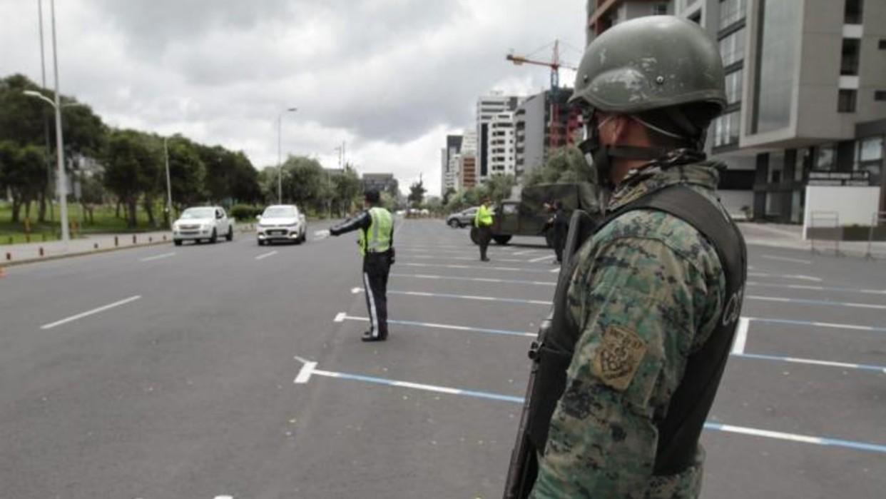 Ecuador extiende estado de excepción por variante delta