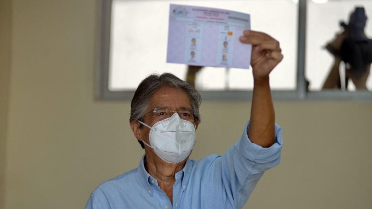 Guillermo Lasso alcanza el poder presidencial en el balotaje de Ecuador