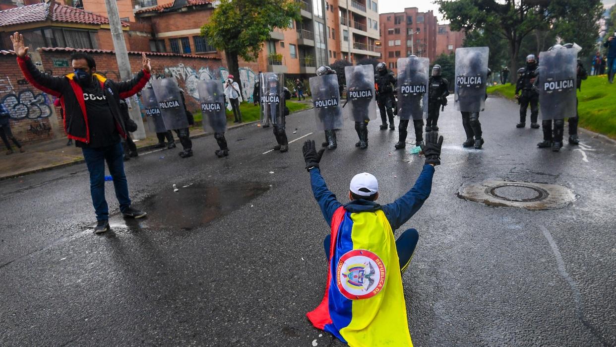 Fiscalía de Colombia reporta 34 personas muertas tras protestas contra Duque