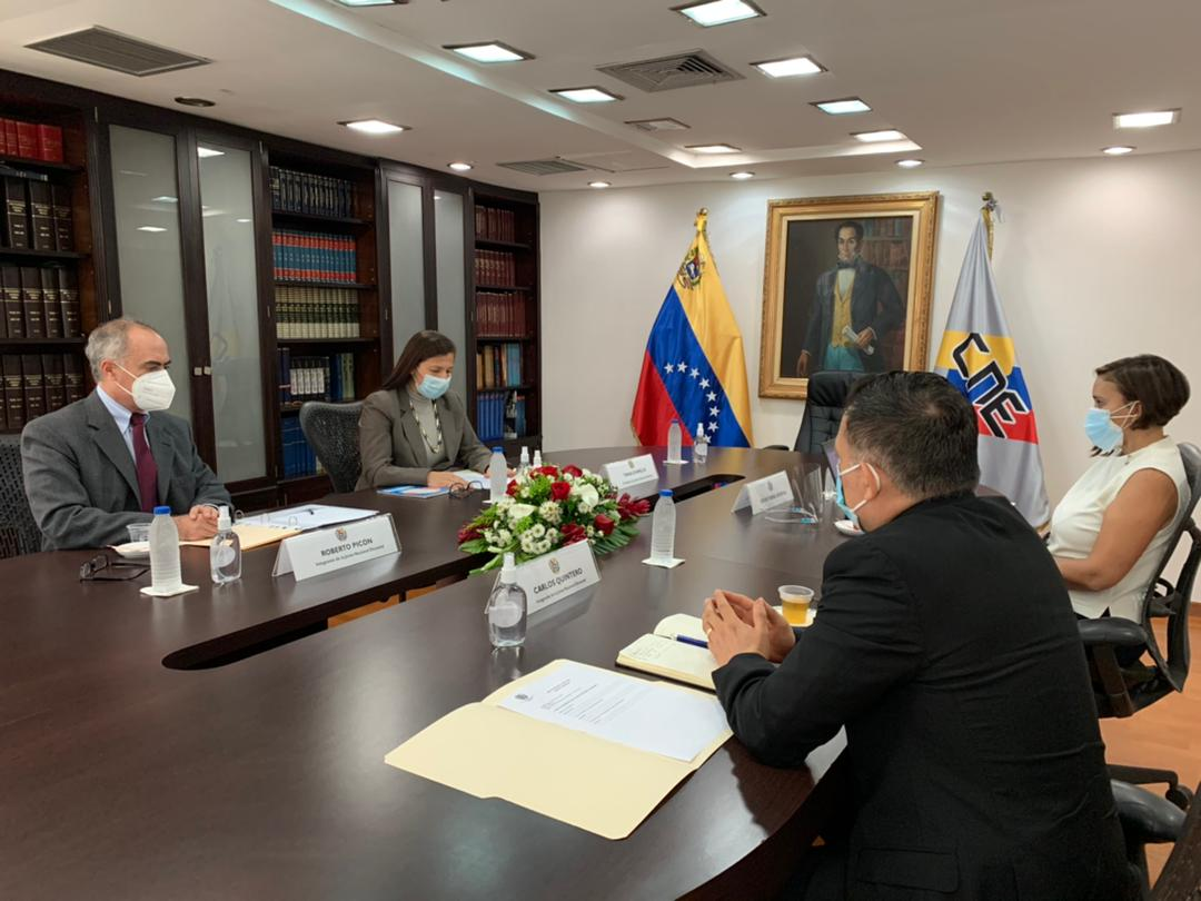 Instalan Junta Nacional Electoral del CNE
