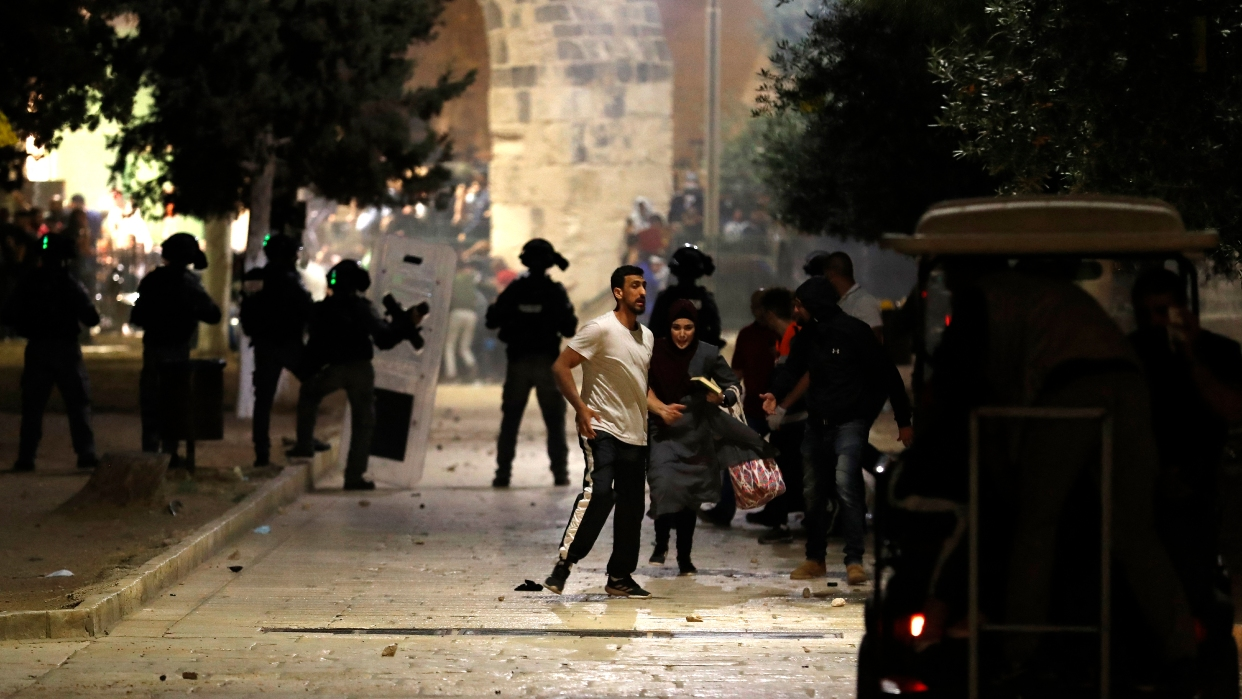 Bombardeos israelíes en Gaza dejan al menos 20 muertos