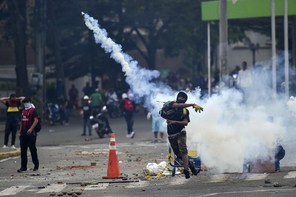 Dos manifestantes mueren en Colombia tras pasar varios días en estado crítico