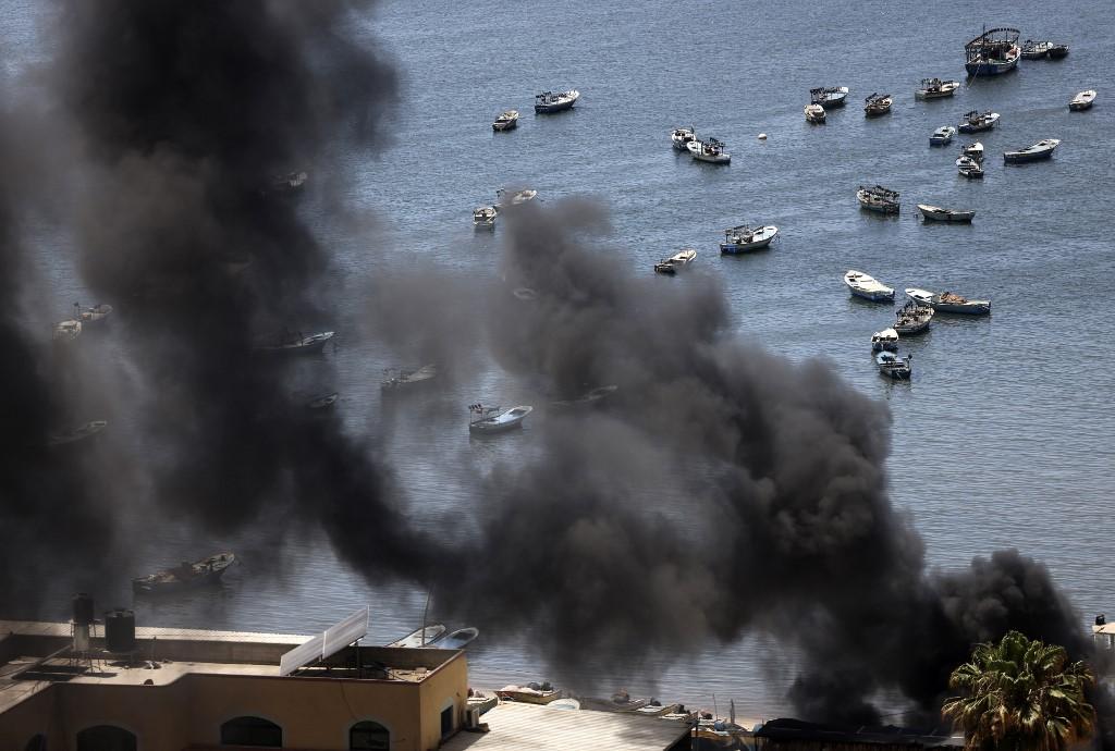Israel sigue bombardeando Gaza, donde ya hay más de un centenar de muertos