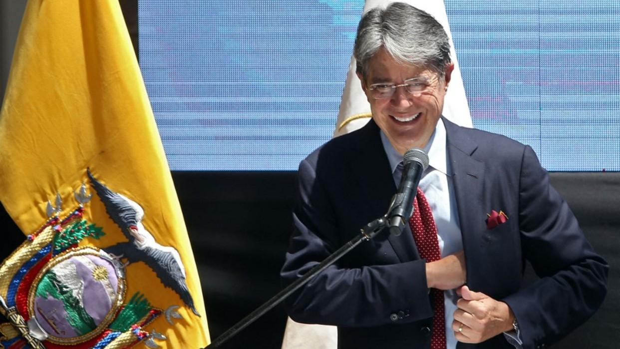 Ecuador fija nuevo precio para la gasolina y el diésel