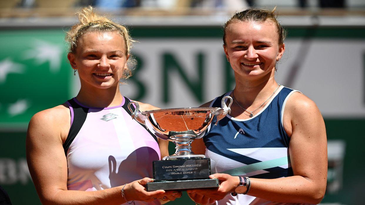Barbora Krejcikova logra doblete en Roland Garros