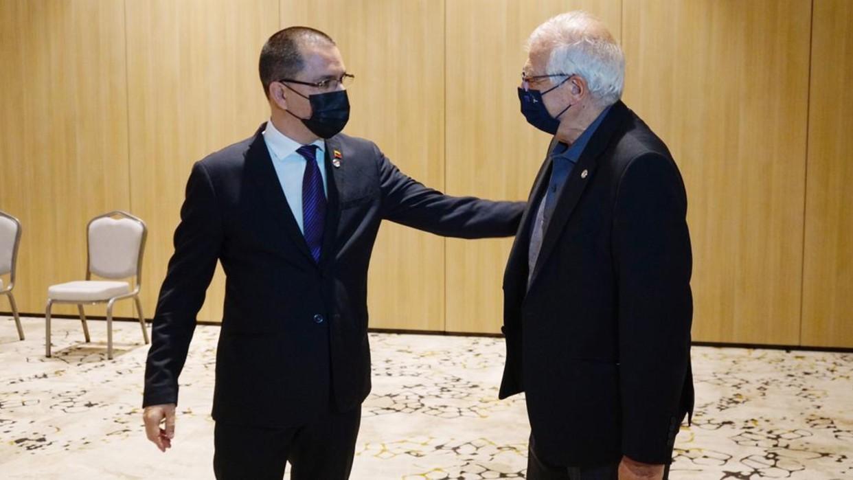 Canciller Arreaza se reúne en Turquía con alto representante de la UE Josep Borrell