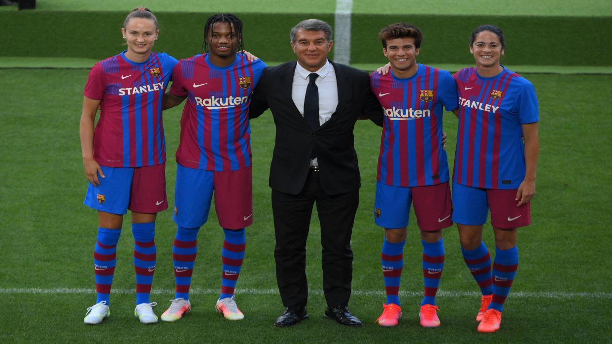 El presidente del Barcelona asegura que la Superliga sigue viva