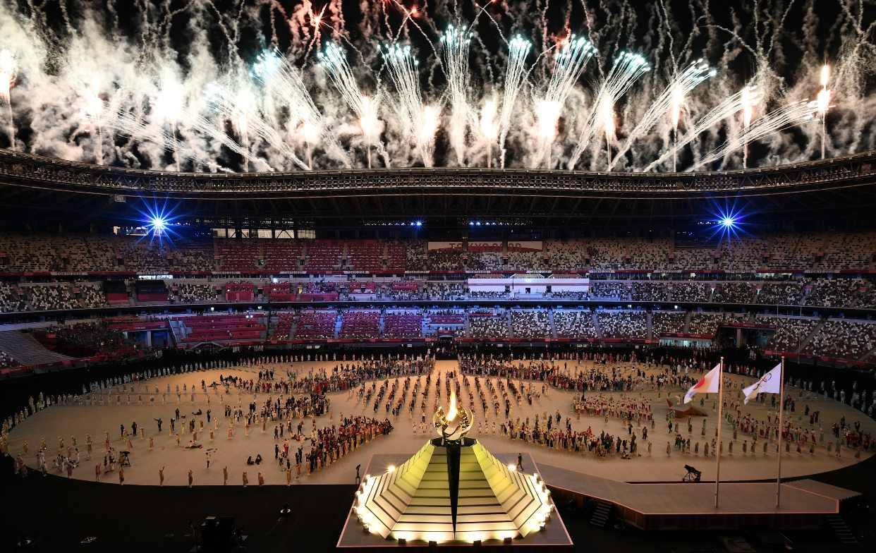 La llama olímpica ya ilumina en Tokio los