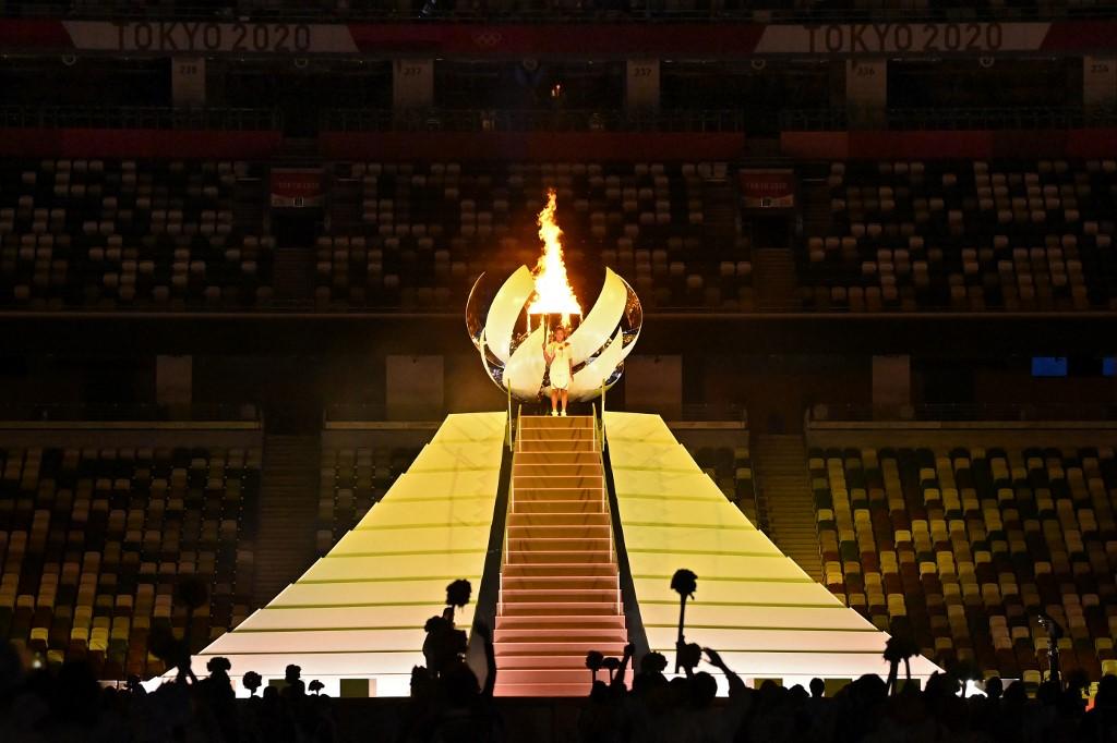 Naomi Osaka encendió el pebetero en la inauguración de los Juegos Olímpicos