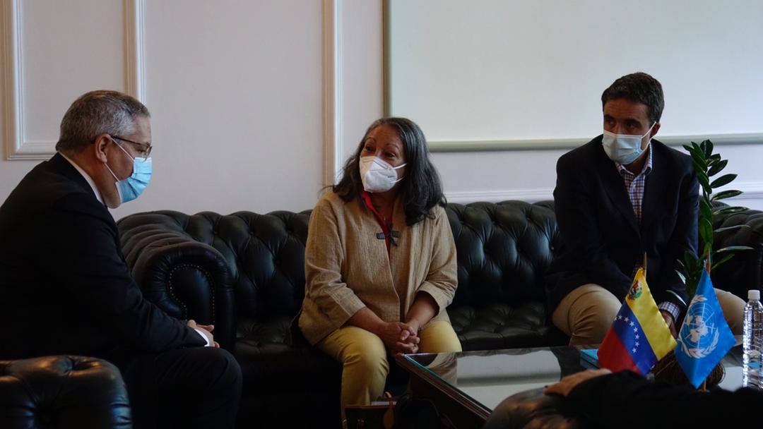 Llegó a Venezuela la directora regional de Unicef Jean Gough
