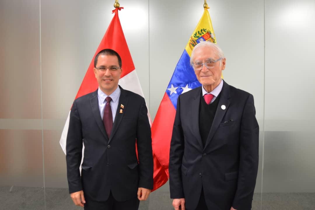 Cancilleres de Venezuela y Perú sostienen encuentro para el fortalecimiento de las relaciones