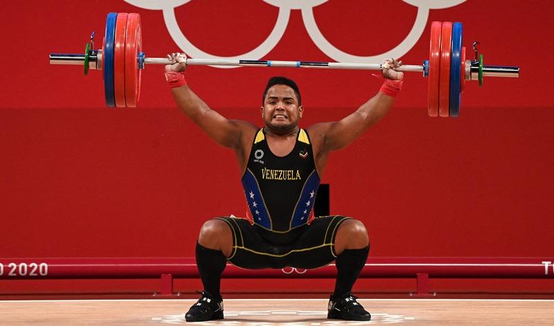 El pesista Keydomar Vallenilla le da a Venezuela su segunda medalla en Tokio-2020